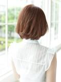 顔のライン、頭の形をキレイに見せるスタイル