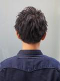 黒髪アップバングショート