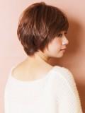 万能型ショートヘアスタイル