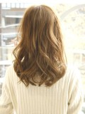 軽めの前髪、無造作ミディアム