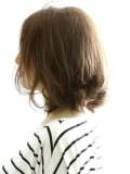 ゆる巻き毛先パーマのルーズヘアー