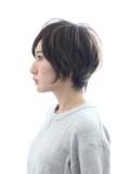 大人のシンプル可愛いショートヘア