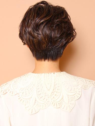 フレンチウェーブショートヘア×2色メッシュ