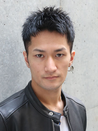 RUDO黒髪ベリーショート:伊坂