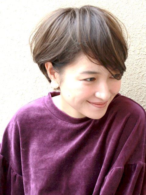 ふんわり耳掛け☆大人のショートヘア