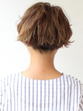 メリハリハイライトのショートヘア