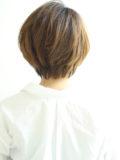 長め前髪の大人ハンサムショート