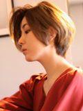 biotokyo-髪型-2018-1205-沖島-ヘアスタイル-大人-ショート-ショートボブ-流行-オシャレ-トウキョウ-ボヘミアン-東京-30代-40代-50代-1