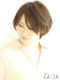 長め前髪のナチュラルショート