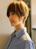 biotokyo-髪型-2019-0504-沖島-ヘアスタイル-大人-ショート-ショートボブ-流行-オシャレ-トウキョウ-ボヘミアン-東京-1