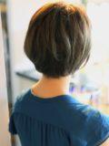 biotokyo-髪型-2019-0901-沖島-ヘアスタイル-大人-ショート-ショートボブ-ハンサム-流行-オシャレ-トウキョウ-ボヘミアン-東京