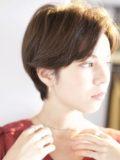 biotokyo-髪型-2019-1207-沖島-ヘアスタイル-大人-ショート-ショートボブ-パーマ-ハンサム-流行-オシャレ-トウキョウ-ボヘミアン-美容室-美容院-青山一丁目-外苑前-東京-3