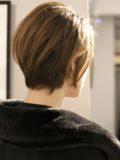 biotokyo-髪型-2020-0105-沖島-ヘアスタイル-大人-ショート-ショートボブ-パーマ-ハンサム-流行-オーガニック-organic-オシャレ-トウキョウ-ボヘミアン-美容室-美容院-青山一丁目-外苑前-東京-1