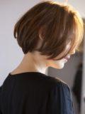 biotokyo-髪型-2020-1004-沖島-ヘアスタイル-大人-ショート-ボブ-パーマ-ハンサム-前髪なし-流行-オーガニック-organic-オシャレ-トウキョウ-ボヘミアン-美容室-美容院-青山一丁目-外苑前-東京-1