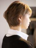biotokyo-髪型-2020-1003-沖島-ヘアスタイル-大人-ショート-ショートボブ-ハンサム-前髪あり-流行-オーガニック-organic-オシャレ-トウキョウ-ボヘミアン-美容室-美容院-青山一丁目-外苑前-東京-1