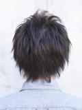 黒髪カジュアルショート